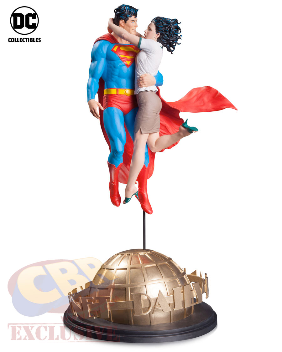 lois-and-clark-statue-5850f