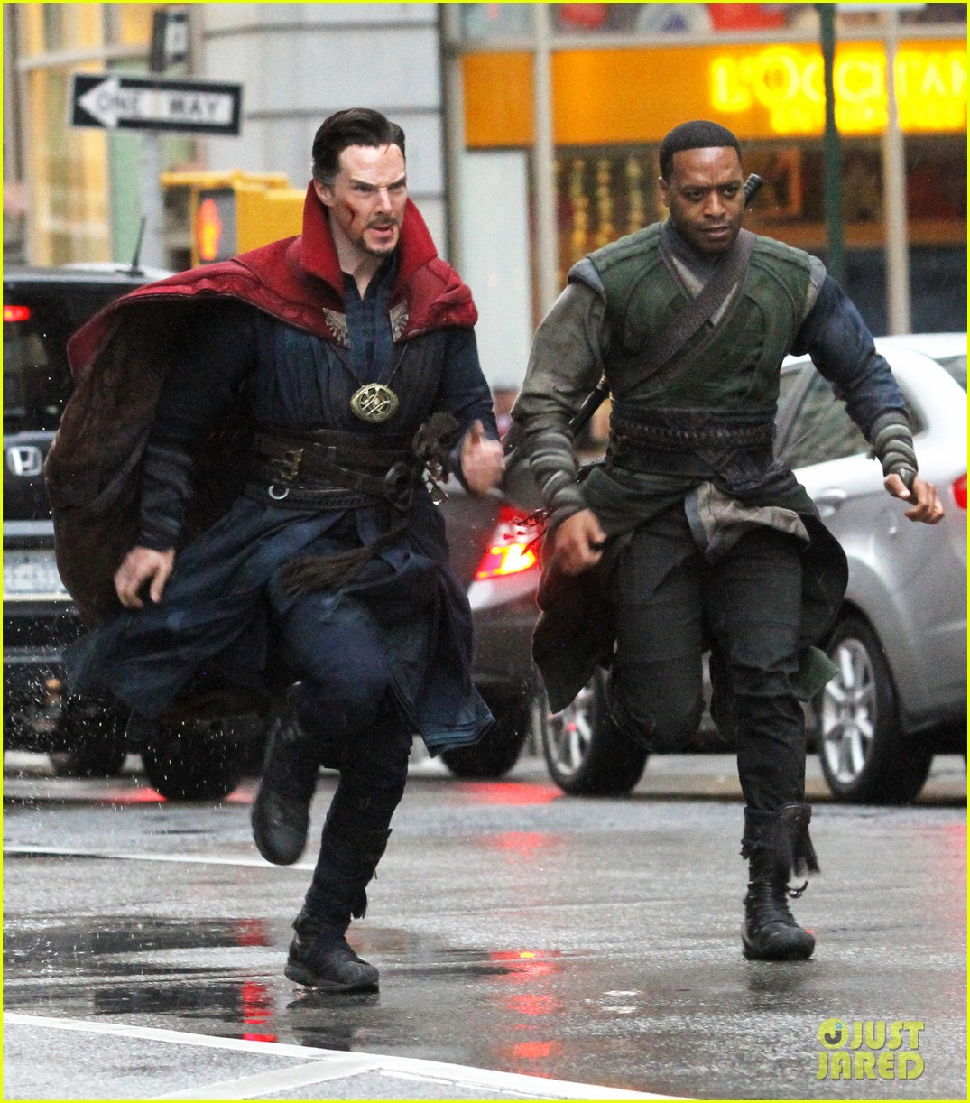 benedict-cumberbatch-films-doctor-strange-in-nyc-first-pics-15