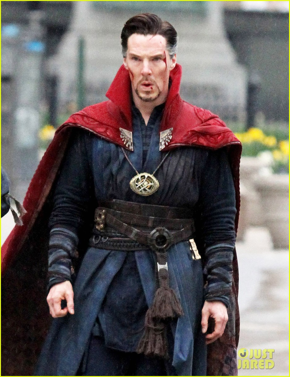 benedict-cumberbatch-films-doctor-strange-in-nyc-first-pics-40