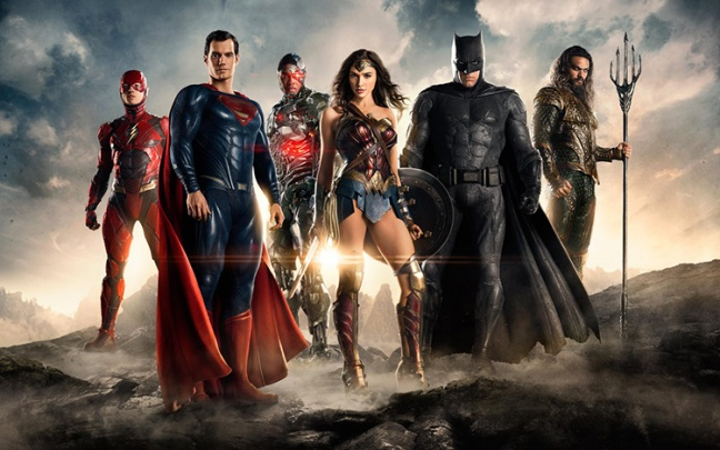SDCC'16: Trailer e prima foto di Justice League
